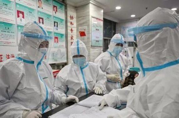 Италид эмнэлгийн 9000 ажилтан коронавирусийн халдвар авчээ