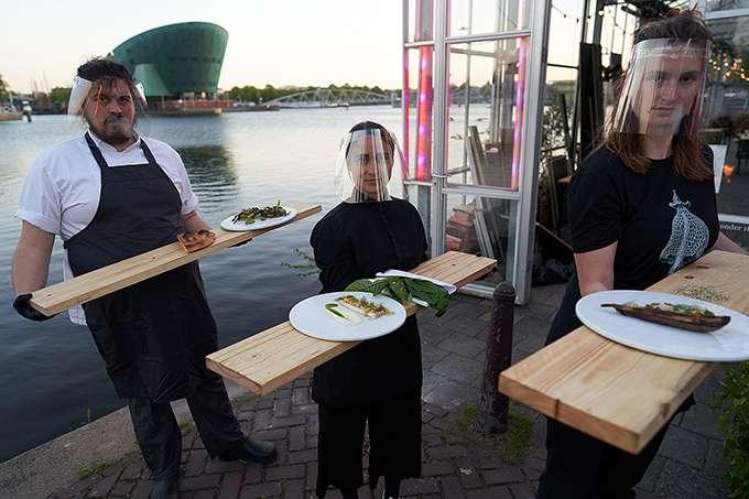 amsterdam-restaurant-quarantine-greenhouses-09.jpg