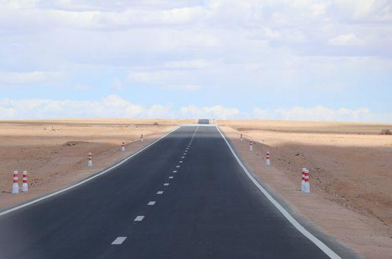 Байдрагийн гүүр-Алтай чиглэлийн эхний 60 километр замыг барьж дуусган хөдөлгөөнийг нээлээ