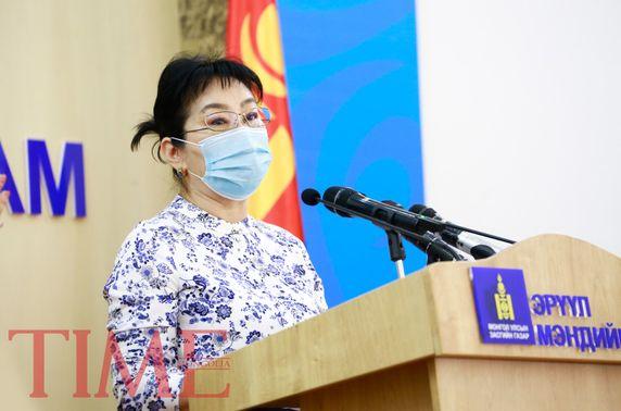 Д.Нарангэрэл: Цэргийн төв эмнэлэгт зургаан иргэн эрчимт эмчилгээ хийлгэж байна