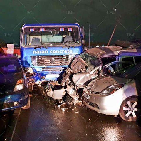 Өчигдөр шөнө 13 машин мөргөлдсөн ноцтой осол гарчээ