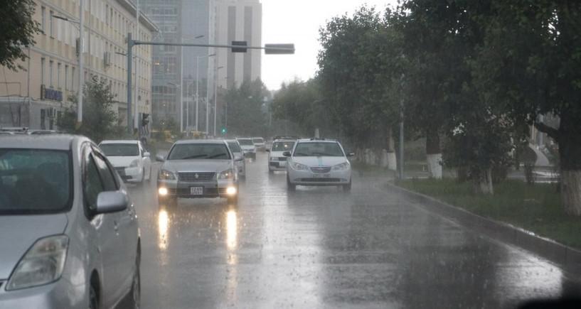 Улаанбаатарт бага зэргийн бороотой