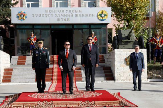Монгол Улсын Ерөнхийлөгч, Зэвсэгт хүчний Ерөнхий командлагч Х.Баттулга Зэвсэгт хүчний Жанжин штабт ажиллалаа