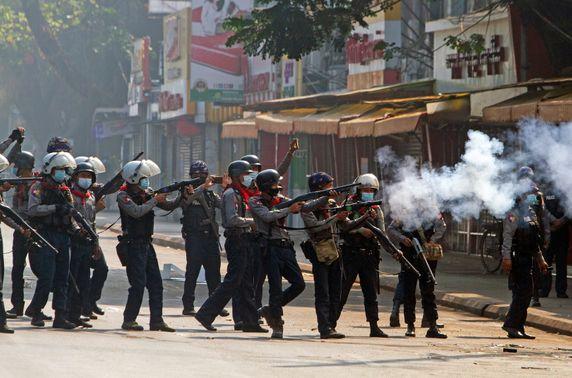 Мьянмарт цэргийн эргэлт гараад 1 сарын хугацаа өнгөрлөө