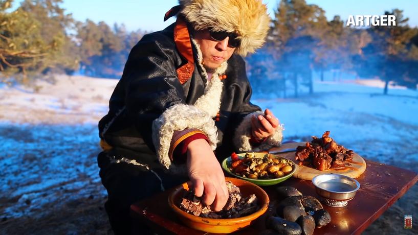 Р.Жавхлантөгс: Хоолны нэвтрүүлгээрээ дамжуулан аялал жуулчлалын үйлчилгээ эрхлэх боломж нээгдсэн