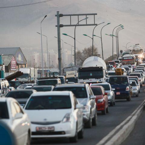 Нийслэлд хагас жилийн дотор 45 мянгаорчим автомашин нэмэгджээ