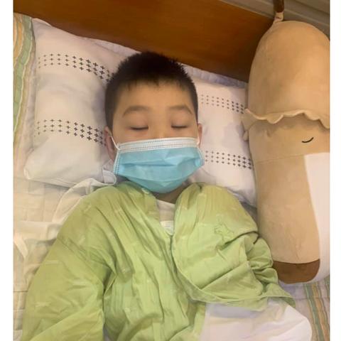 Э.Ананд хүү нуруу нугасны хавдраас гадна цусны хорт хавдартай болох нь оношлогджээ