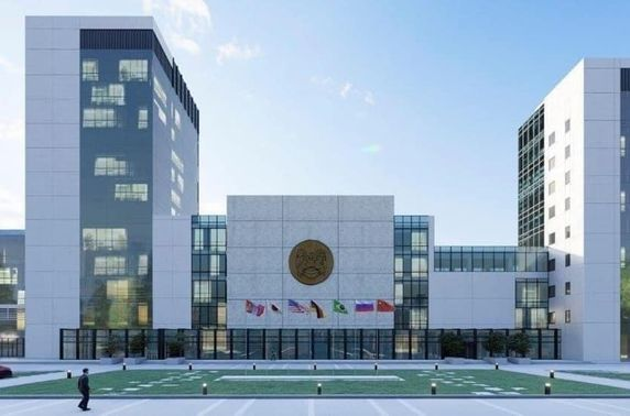 Хотын захиргааны шинэ байранд ор дэлгэнэ