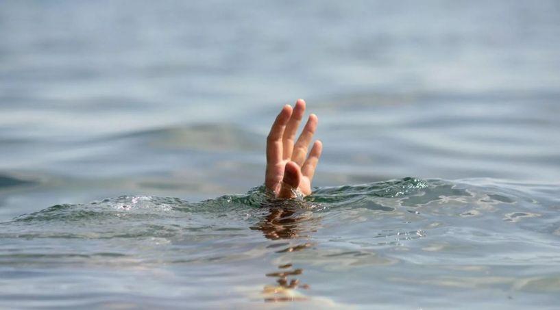 21 настай эмэгтэй Туул голд живж амиа алджээ