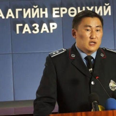 Б.Баатархүү: Сагс тоглож байсан залуус цагдаагийн тавьсан шаардлагыг эсэргүүцсэн