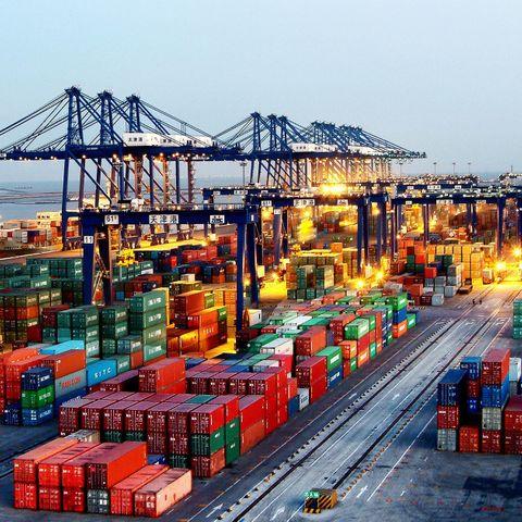 Тяньжины боомтоос Улаанбаатар хүртэлх чингэлэг тээвэрлэлтийг түр зогсоолоо