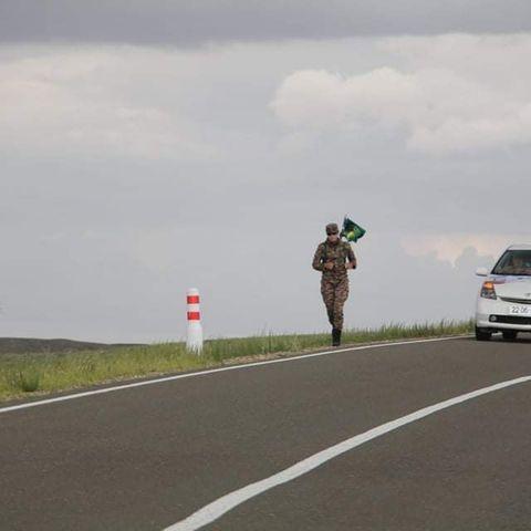 1,100 километр гүйх зорилготой ахлах ахлагч Т.Рэнцэнбадам дөрөв дэх өдрөө 115 километр замыг туулжээ