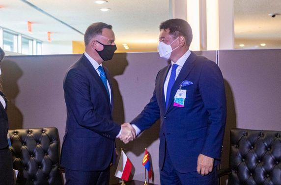 Монгол Улсын Ерөнхийлөгч У.Хүрэлсүх Бүгд Найрамдах Польш Улсын Ерөнхийлөгч Андрей Дудатай уулзлаа