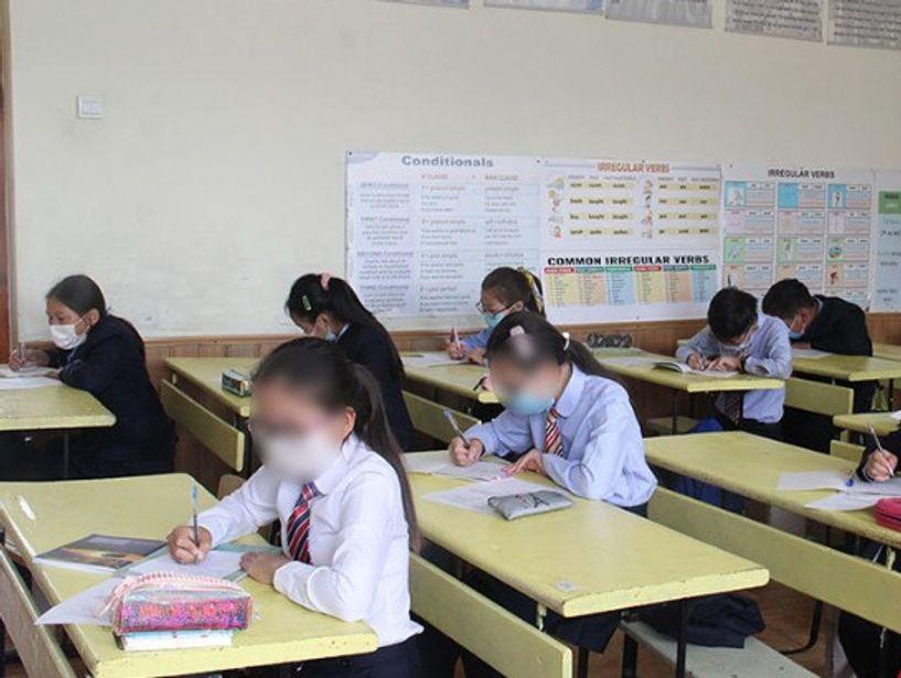 Сургууль, цэцэрлэгийн 1334 хүүхэд, багш халдвар авчээ