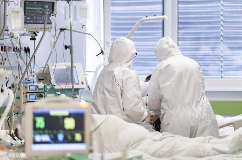 Халдварын улмаас 80-аас дээш насны 15 хүн нас баржээ
