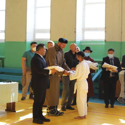 Олимпын хошой аварга Лукас Крпалек Монголд иржээ